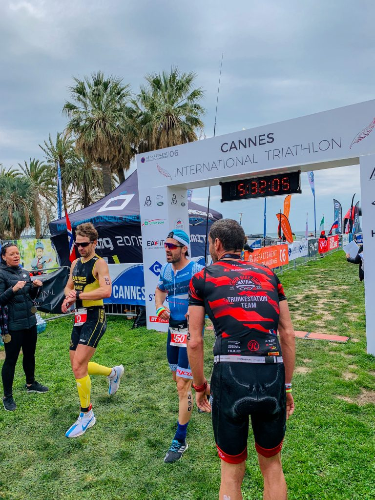 Steph Explore finisher du Cannes International Triathlon