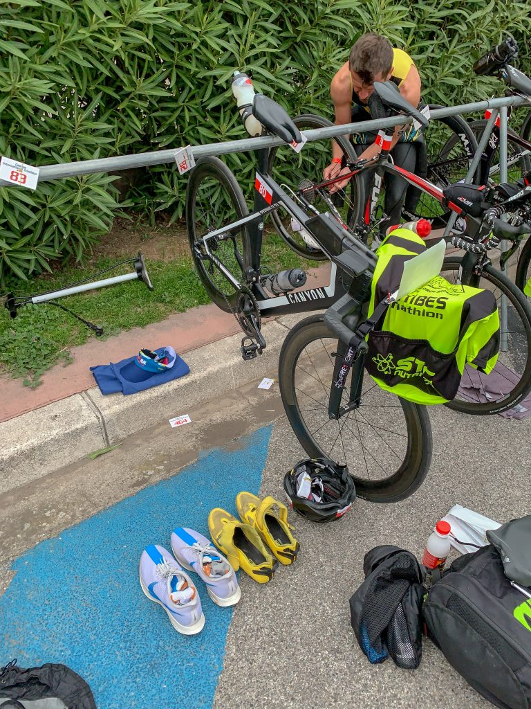 Organisation pour les transitions du triathlon